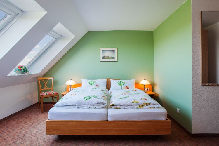 Doppelzimmer-Seeblick-Standard